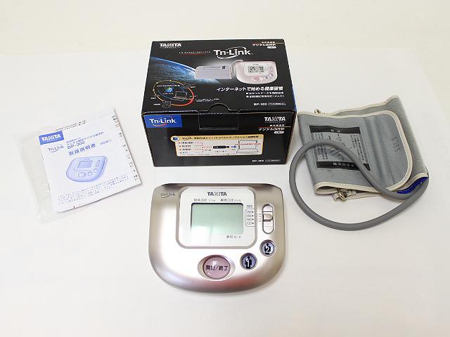 タニタ 上腕式デジタル血圧計 からだカルテ BP-300 未使用品